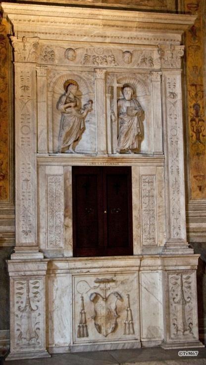Cappella Montemirabile, Bregno, cibories