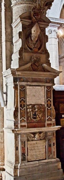 Chiesa di Santa Maria del Popolo - 3e pilaar rechts, monument voor Masci