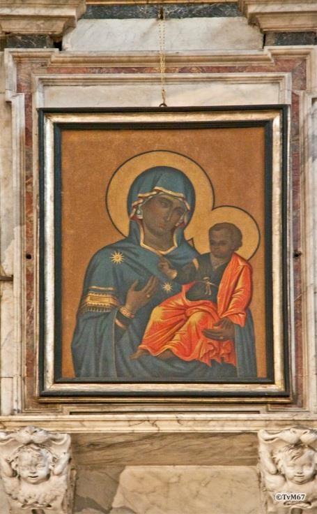 Chiesa di Santa Maria del Popolo-Apsis, Cappella Maggiore, achterzijde hoogaltaar, Madonna