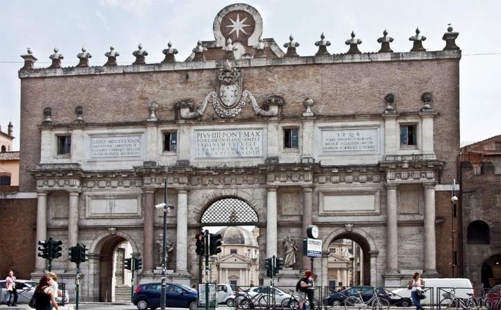 Porta del Popolo, buitenzijde aan de Piazzale Flaminio