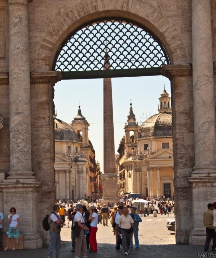 Porta del Popolo, buitenzijde, doorkijk