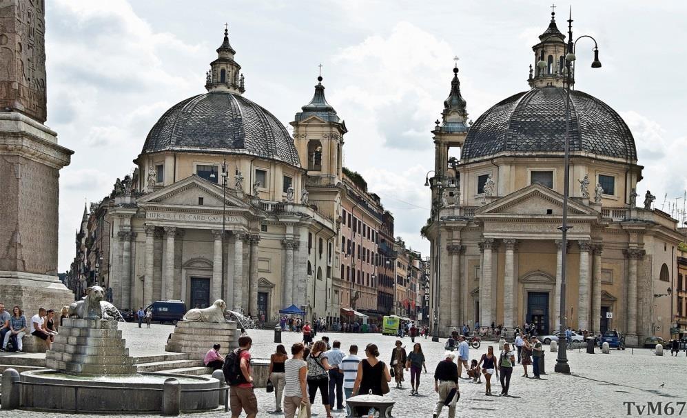 Chiesa di Santa Maria di Montesanto (links) en Chiesa di Santa Maria dei Miracoli (rechts)