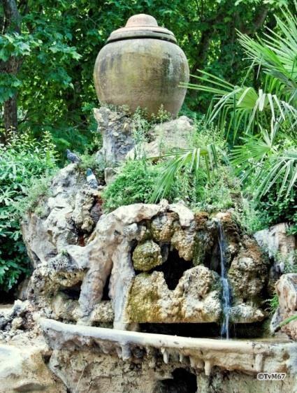 Pincio, Fontein bij de Fontana dell'Orologio