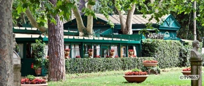 Pincio, La casina dell'Orologio, achterzijde