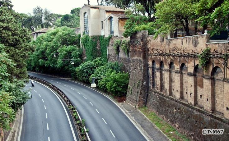 Pincio, Viale del Muro Torto