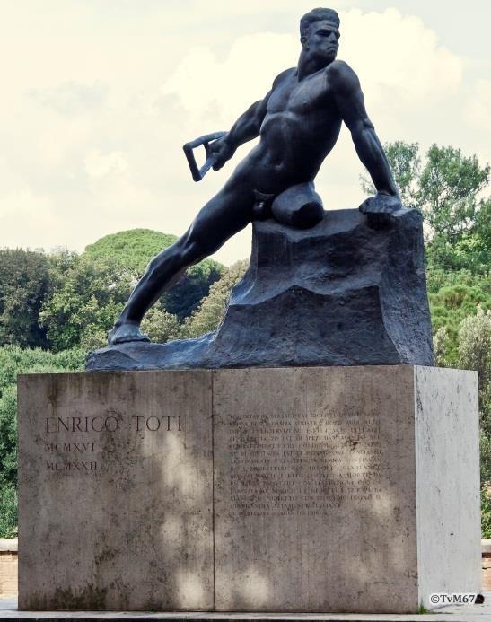 Pincio, Monument van Toti