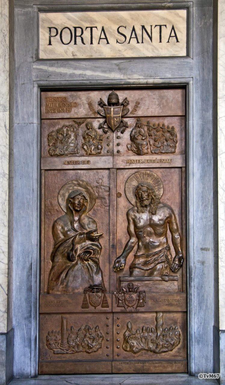 Roma, Basilica di Santa Maria Maggiore, Portaal, Linker deur (Porta Santa), 2009