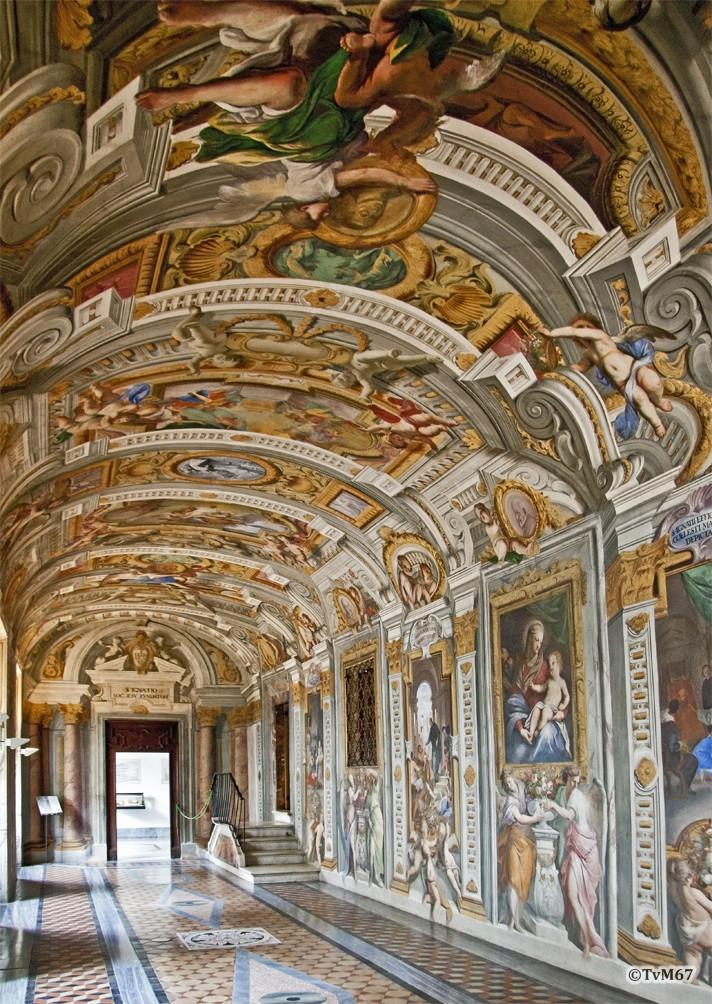 Roma, Casa Professa del Gesù, Pozzo, Corridoio, van voor naar achter