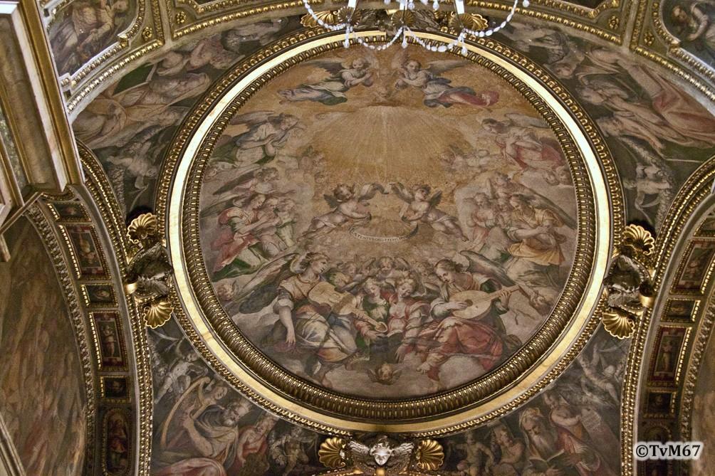 Roma, Chiesa del Gesù, 2e k li, Cap della Sacra Famiglia, Gewelf, Pomarancio-Celio, Hemelse viering van de geboorte van Christus, 2012