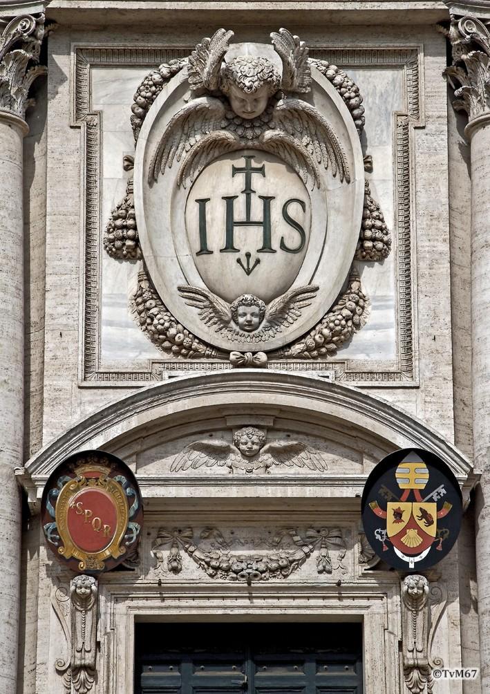 Roma, Chiesa del Gesù, Gevel, Deurfronton, 2011