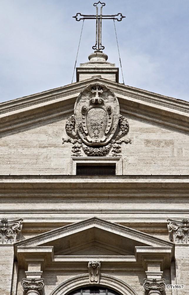 Roma, Chiesa del Gesù, Gevel, gevelfronton, 2011