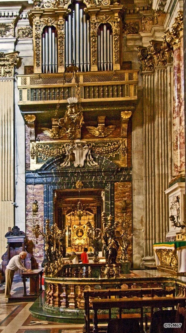 Roma, Chiesa del Gesù, trans re, Cap di San Francesco Saverio, doorkijk naar voren, 2009