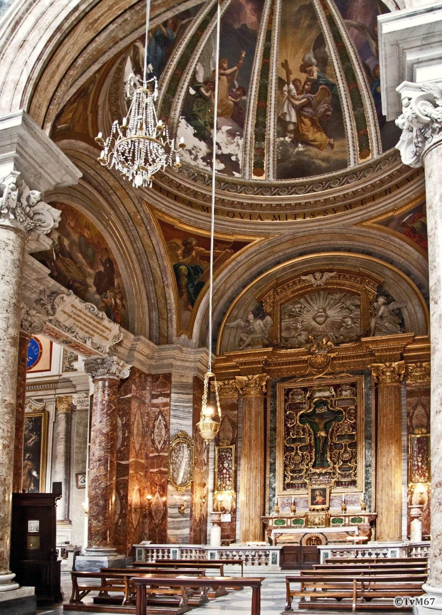 Roma, Chiesa di Sant'Ignazio, 3e k li, Cap Crocifisso, overzicht, 2011