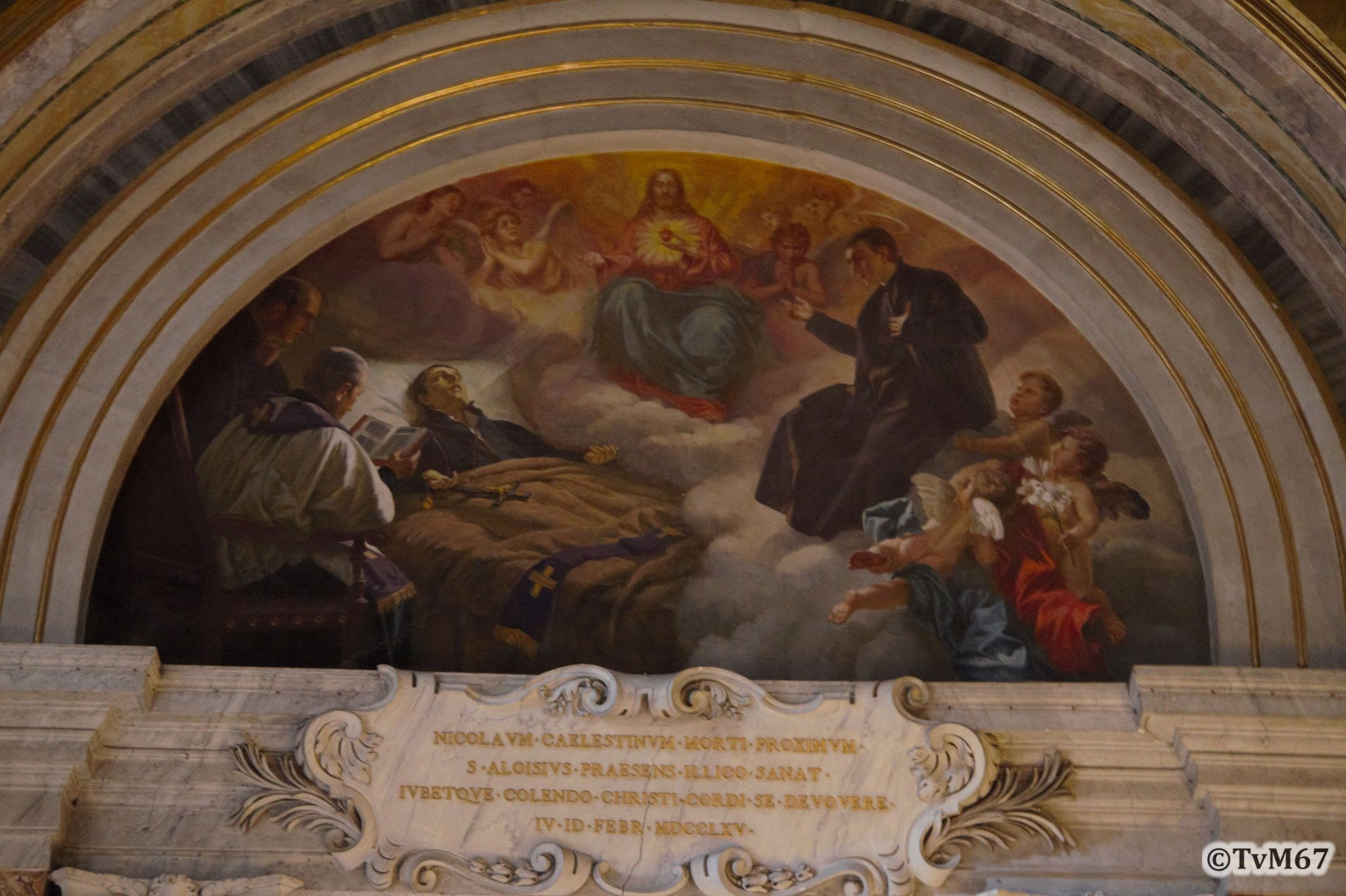Cappella del Crocifisso, lunet links