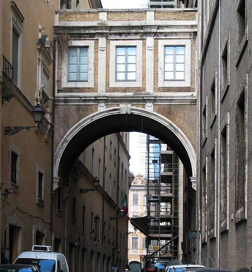 Roma, Chiesa di Sant'Ignazio, Gevel, Arco di Sant'Ignazio (internet)