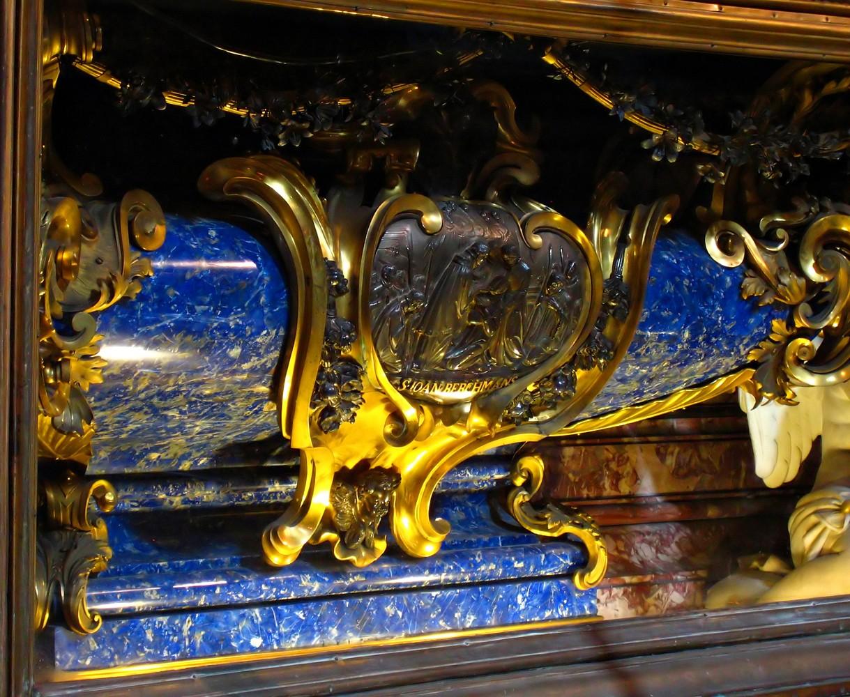 Cappella dell'Annunziata, Vespignani, Urn van Berchmans