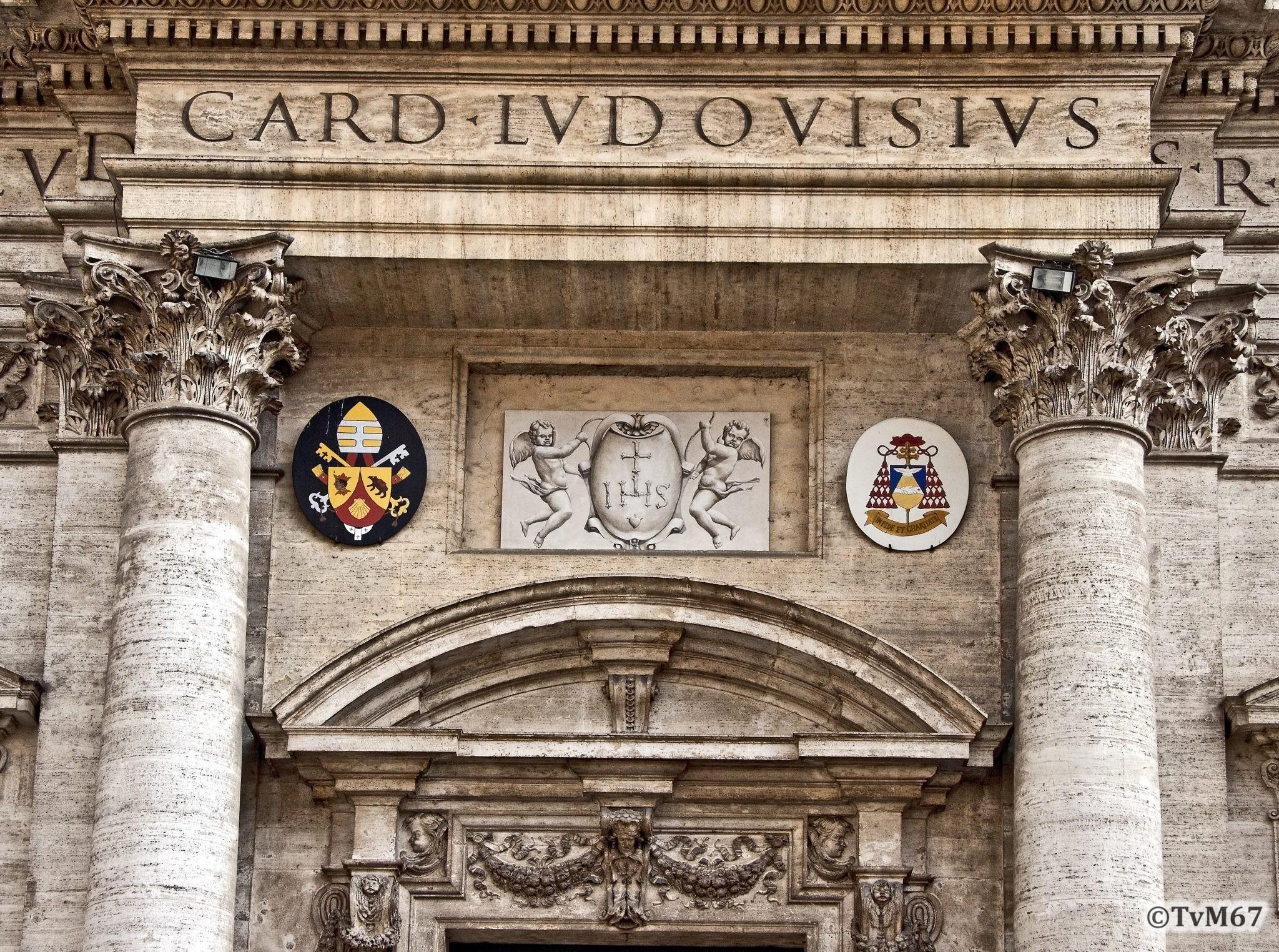 Roma, Chiesa di Sant'Ignazio, gevel, deurfronton
