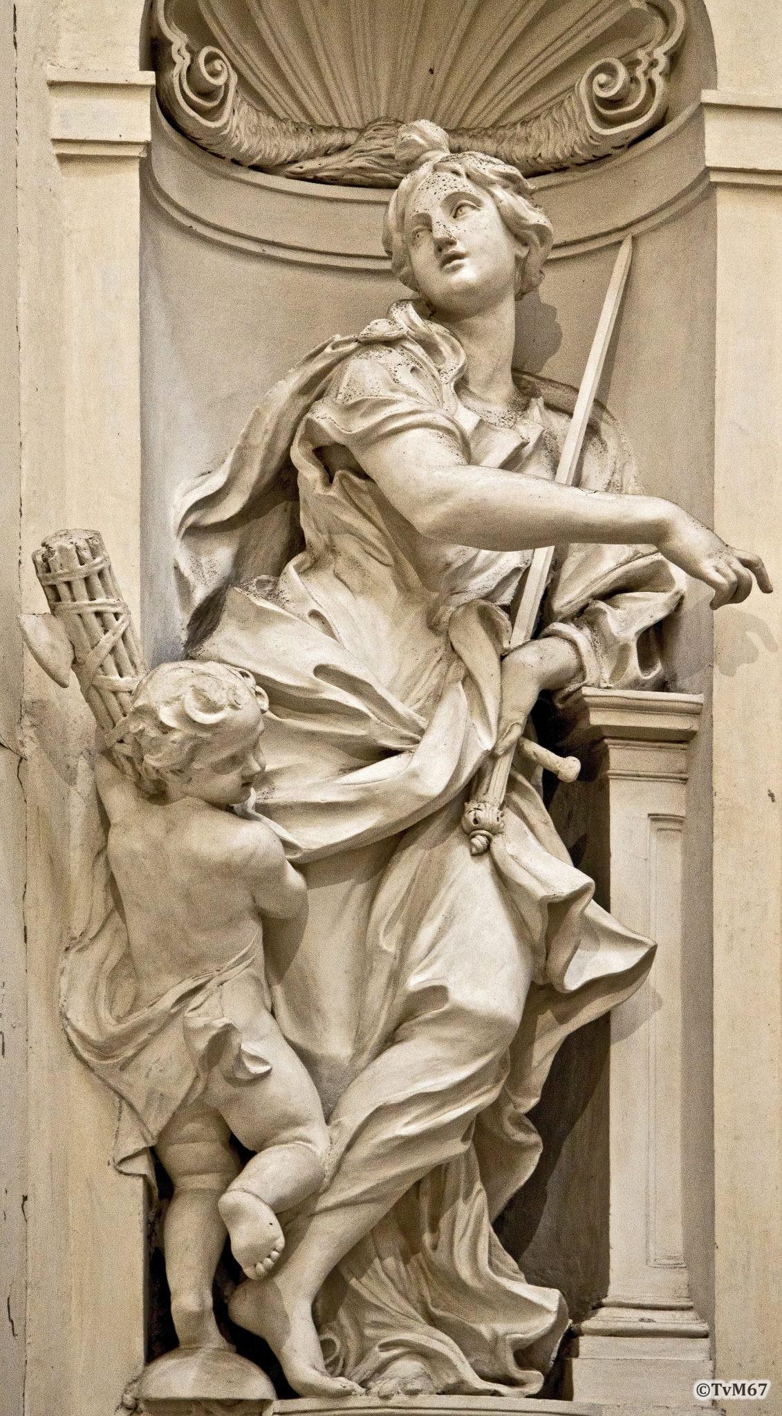 Cappella Ludovisi, Rusconi, Een van de vier nisbeelden