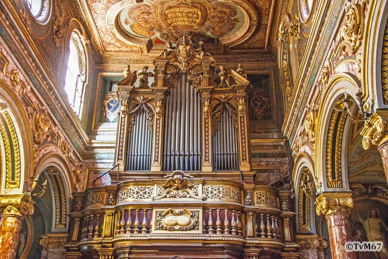 Roma, Chiesa di Santa Maria in Via Lata, Middenschip, Orgel, 2012