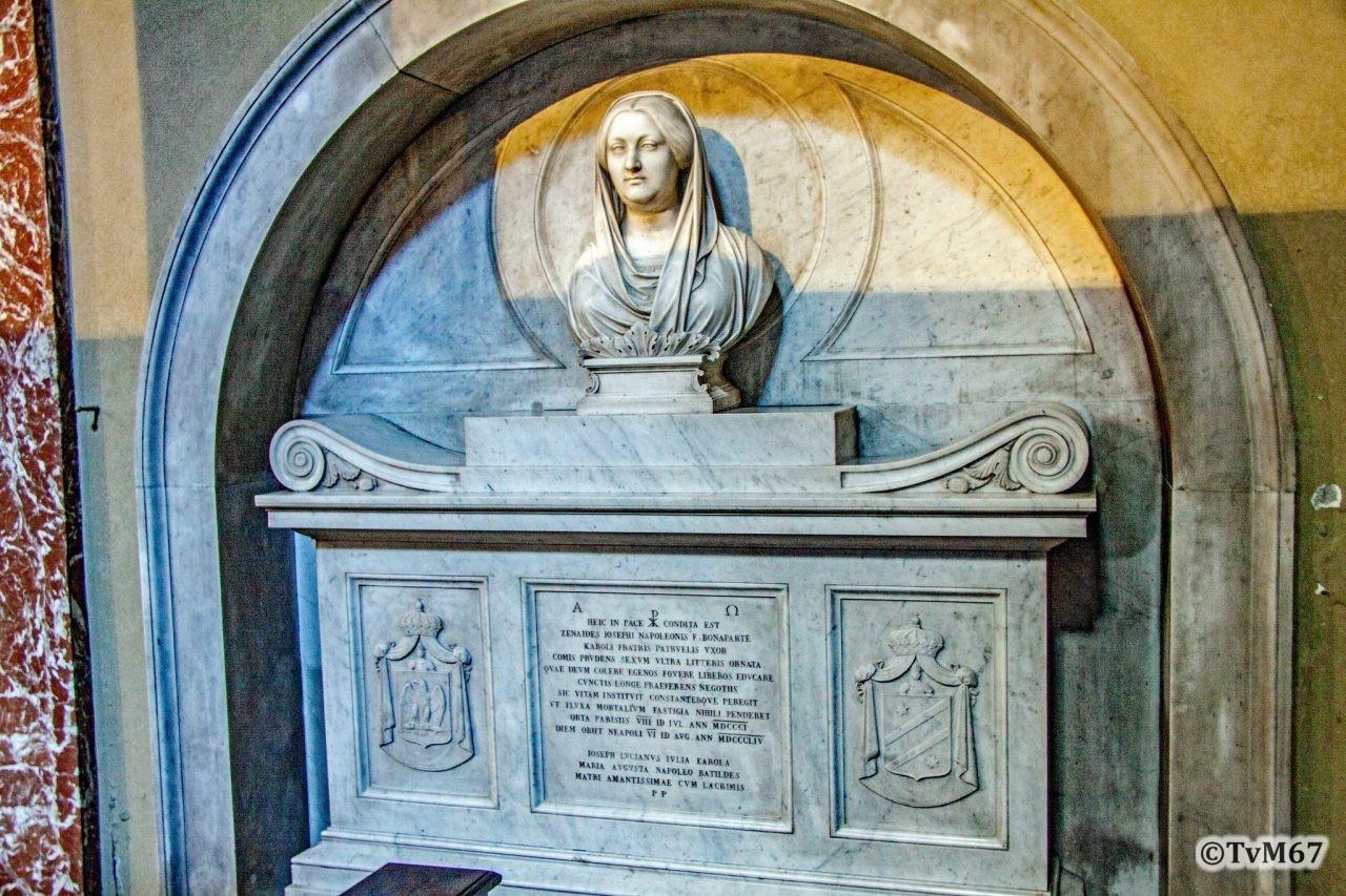 Cappella dei Santi Caterina e Ciraco, monument voor Zenaide Bonaparte