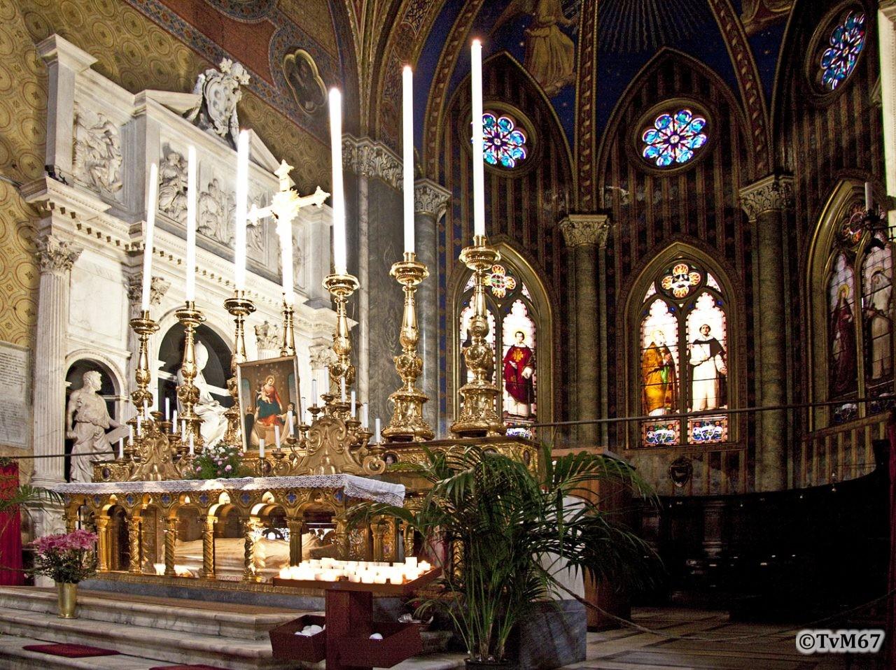 Roma, Chiesa di Santa Maria sopra Minerva, Apsis naar links