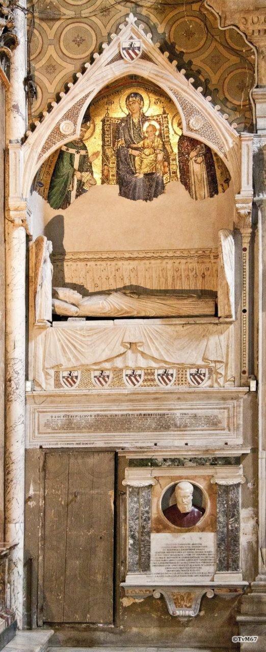 Roma, Chiesa di Santa Maria sopra Minerva, Trans re, tussen Cap Caraffa en Cap Ognissanti, graf van Durant en Camaiani, 2011