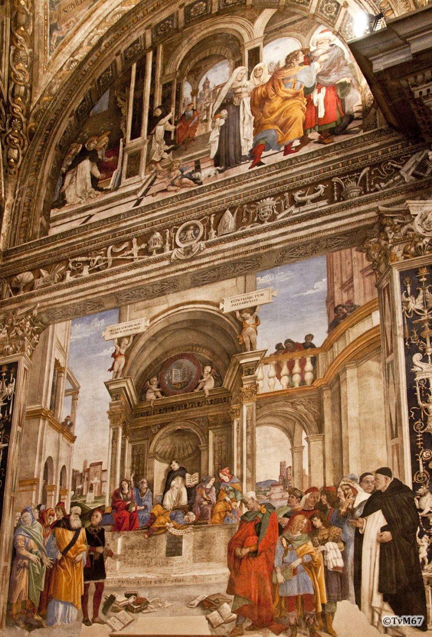 Roma, Chiesa di Santa Maria sopra Minerva, trans re, Cap Carafa, wand re, Taferelen Thomas van Aquino, 2009