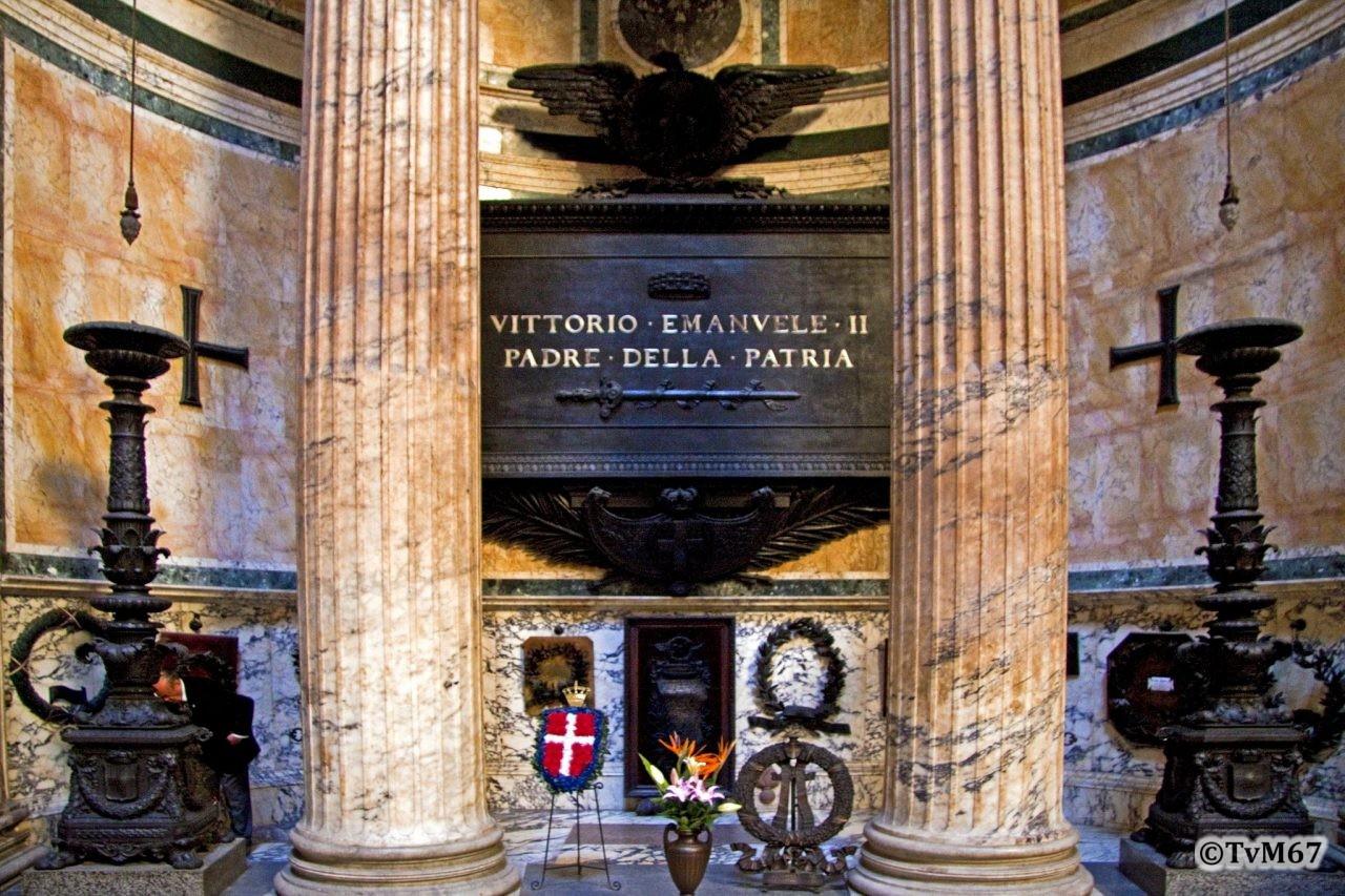 Roma, Pantheon, 2e k, Tombe Vittorio Emanuel II, 2009