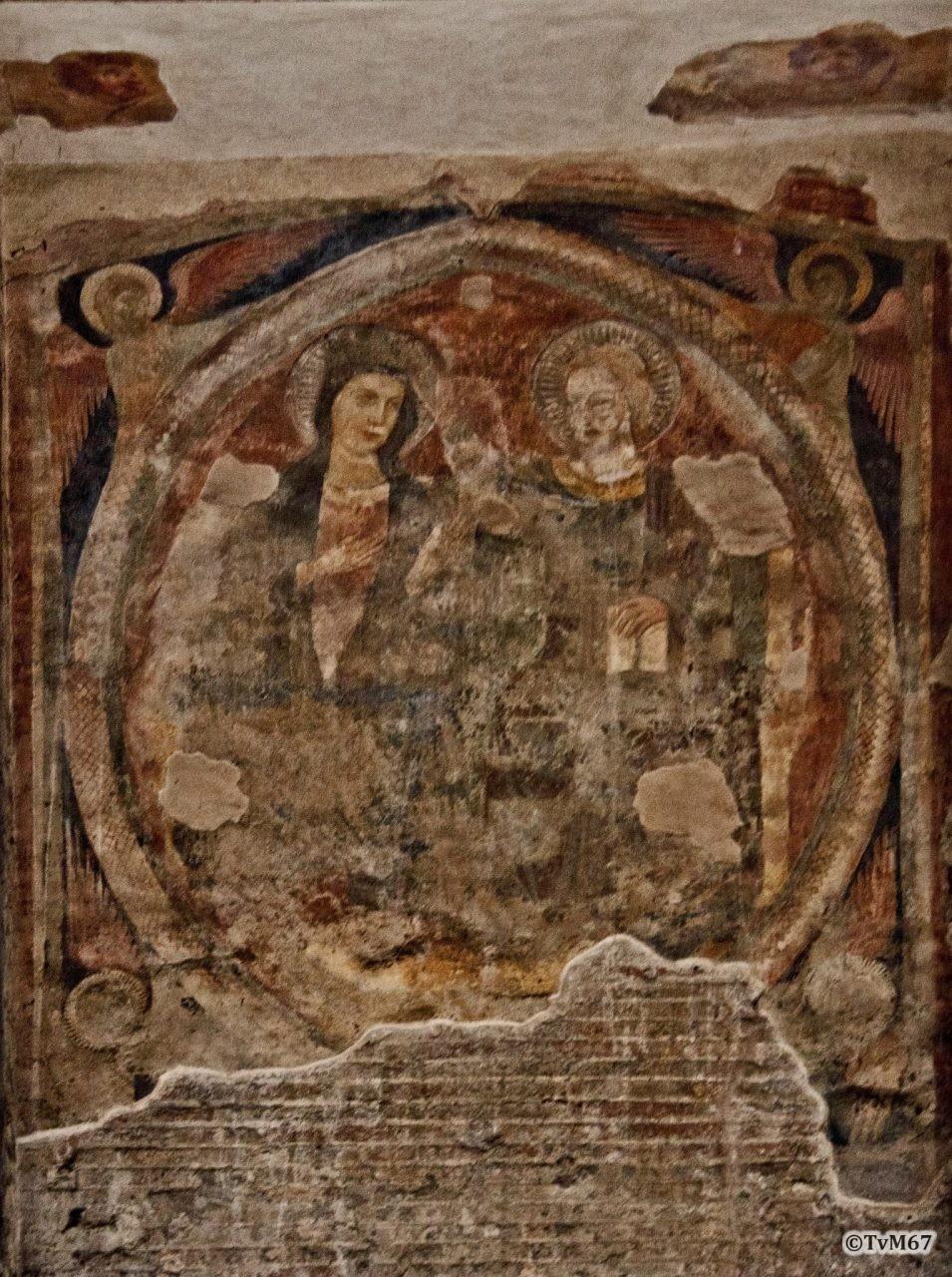 Roma, Pantheon, Aedicula tussen 1e en 2e k, Kroning van Maria, 2011