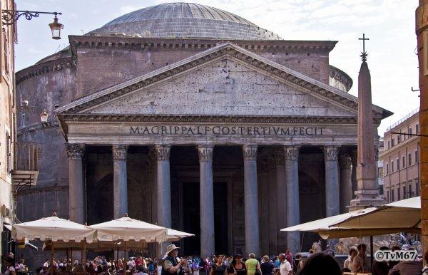 Roma, Pantheon, Gevel 1, 2009