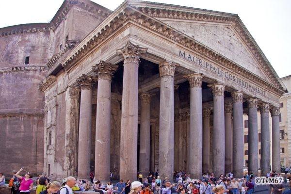 Roma, Pantheon, Gevel 3, 2009