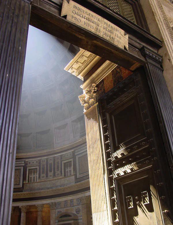 Roma, Pantheon, Ingang 2 (internet)